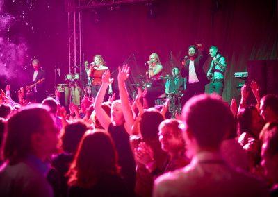 Vegas Show Band esküvői zenekar céges party