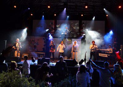Vegas Show Band esküvői és party zenekar